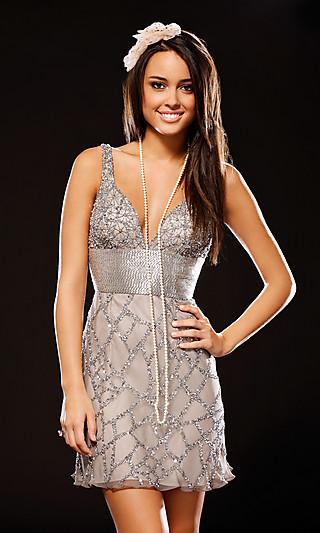 krátké plesové šaty na míru Yvette stříbrné 2012 - plesové šaty ... e0ae063b39